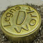 Logo Legno Work realizzato su ottone